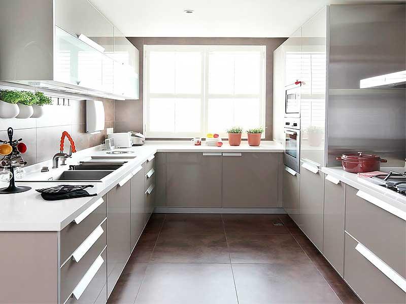 Кухня п-образная AK295